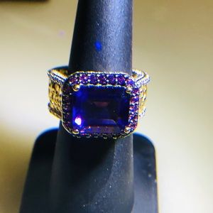 Two-tone Amethyst Silver Ring. Beautiful! Size 7